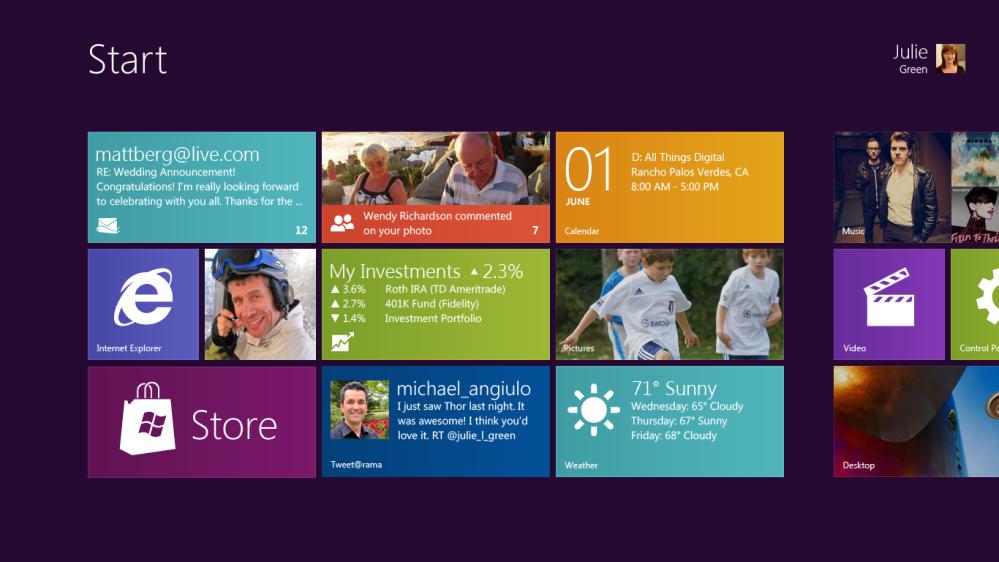 หน้าตา User Interface ของ Windows 8 เห็นได้ชัดว่าได้รับอิทธิพลมาจาก Windows Phone 7 มากพอดู