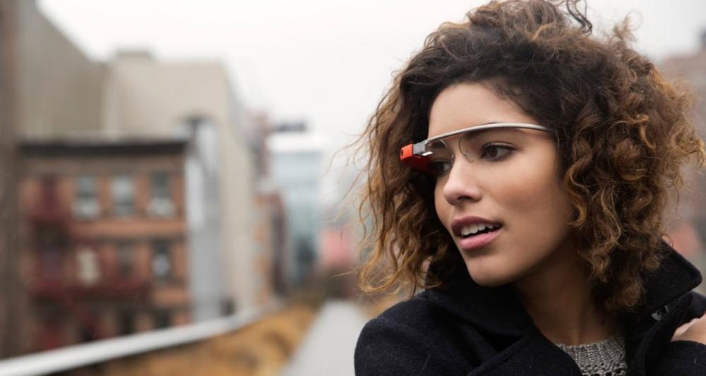 แม้จะมีประโยชน์มากเพียงใด แต่ Google Glass ต้องอาศัยความเป็นแฟชั่นในการดึงดูดผู้บริโภค