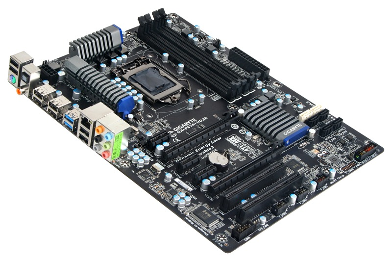 เมนบอร์ด Gigabyte GA-P67A-UD3R หนึ่งในเมนบอร์ดที่ใช้ชิพ P67 ของ Intel