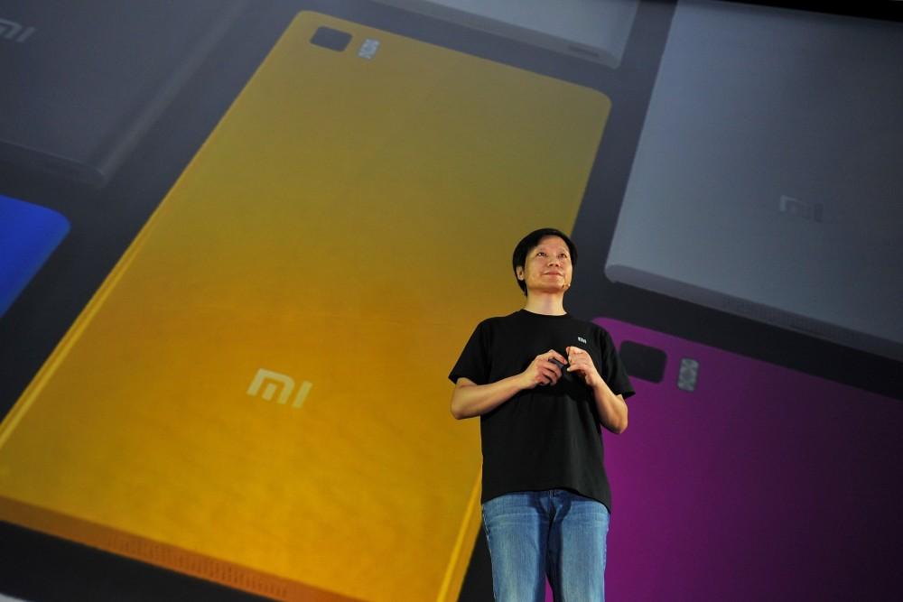 Lei Jun ซีอีโอ Xiaomi ผู้ที่ขึ้นชื่อว่ามีบุคลิกคล้ายกับ Steve Jobs มากกระทั่งการแต่งกาย