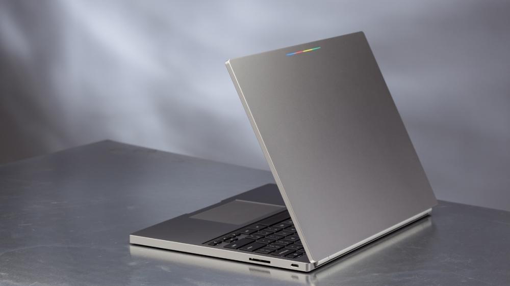Chromebook Pixel คือสุดยอด Chromebook จาก Google ที่มีราคาแพงไม่แพ้ MacBook
